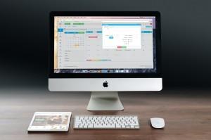 apple-tablet-smartphone-laptop